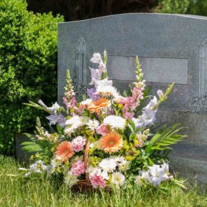 Heartfelt Tribute Basket - Pastel